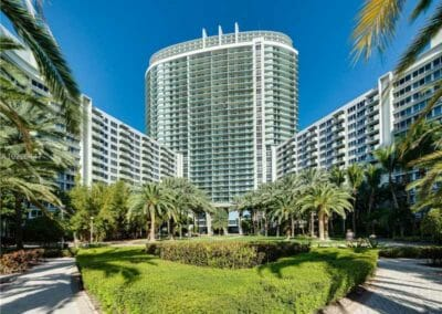 Apartment Parking Garage – Miami Beach, FL